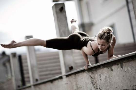 10-wacky-yoga-poses-that-will-blow-your-mind-1